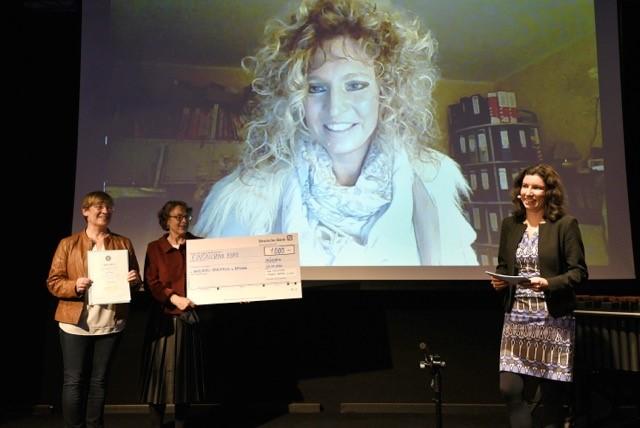Zivilcourage-Preis für Corinna Hartwich-Beck